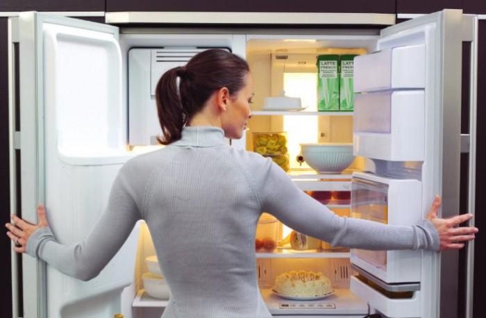 Опасность близко: холодильники назвали рассадником бактерий