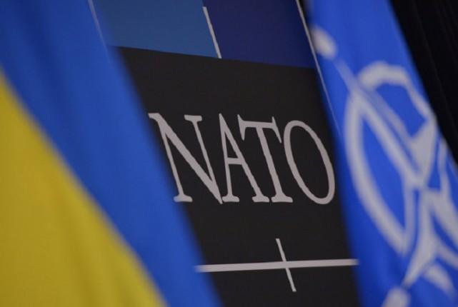 В НАТО обсудили помощь Украине