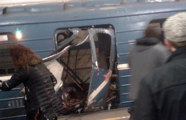 Бомба в вагоне метро Санкт-Петербурга могла сработать случайно
