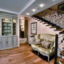 Классический дизайн в двухуровневой квартире