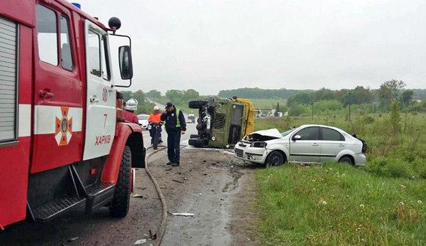 В ДТП под Харьковом погибли четыре человека