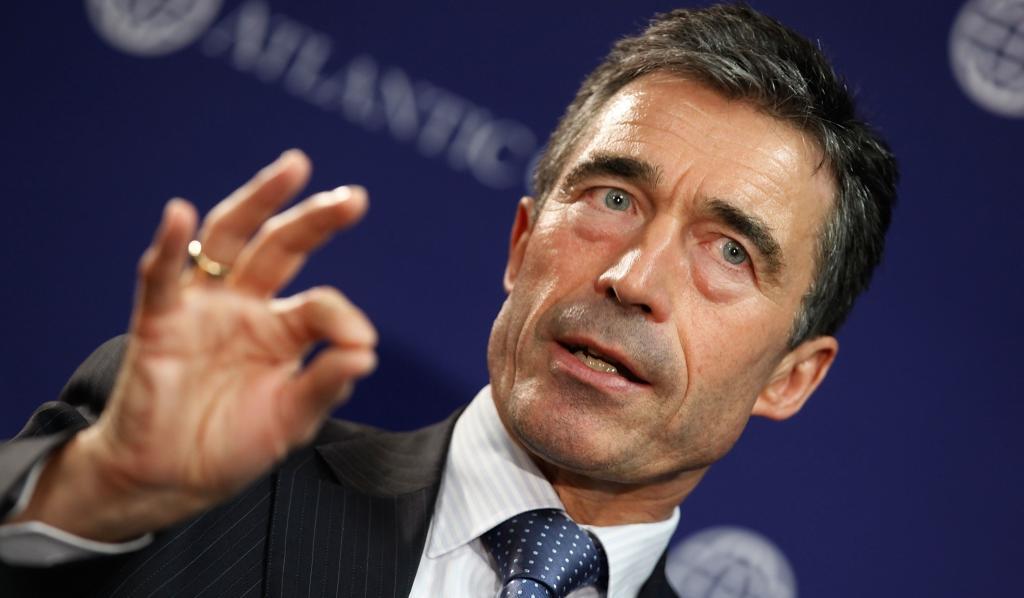 Экс-генсек НАТО призвал США помочь Украине летальным оружием