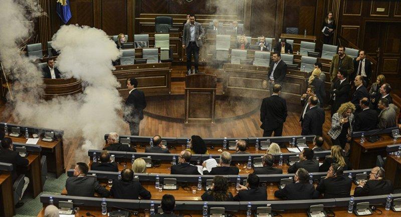 В Косово распустили парламент