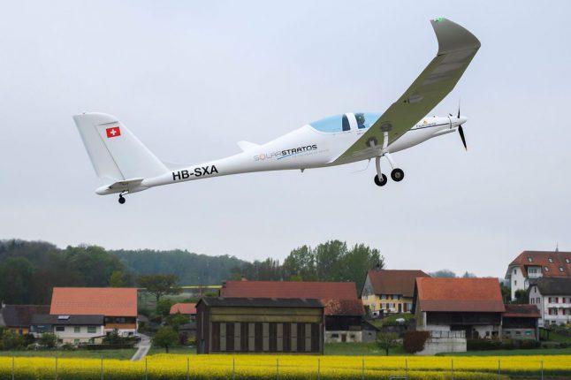 В Швейцарии испытали самолет, работающий на солнечной энергии