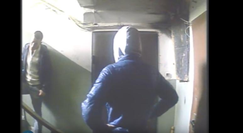 Появилось видео, как «работают» квартирные воры в Киеве