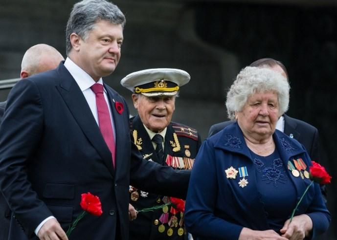 В Украине из бюджета оплачивают почти два миллиона несуществующих ветеранов Второй мировой войны