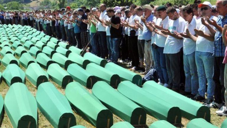 Суд возложил часть вины за резню в Сребренице на Голландию