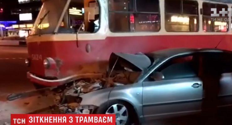 Нардеп Барна признал, что на большой скорости «влетел» в трамвай