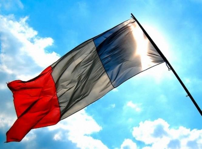 В парламент Франции попало рекордное количество женщин