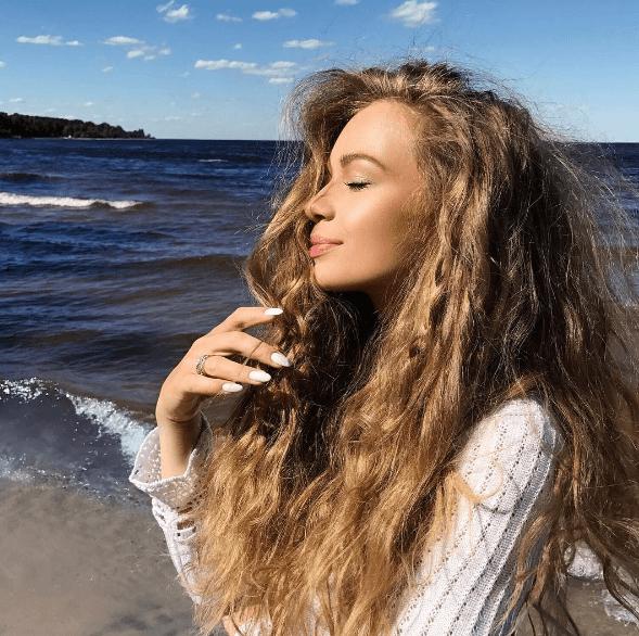 Известная украинская певица поразила сногсшибательным внешним видом