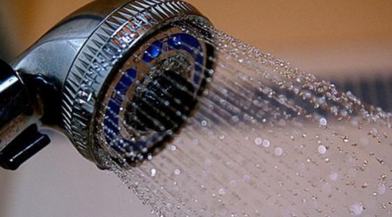 Почему принимать душ больше 10 минут опасно