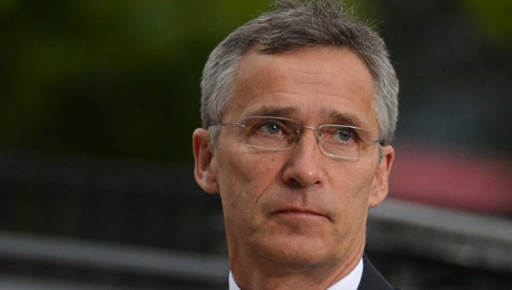 Генеральный секретарь  Альянса уверил  всолидарности с Украинским государством  — НАТО вКиеве