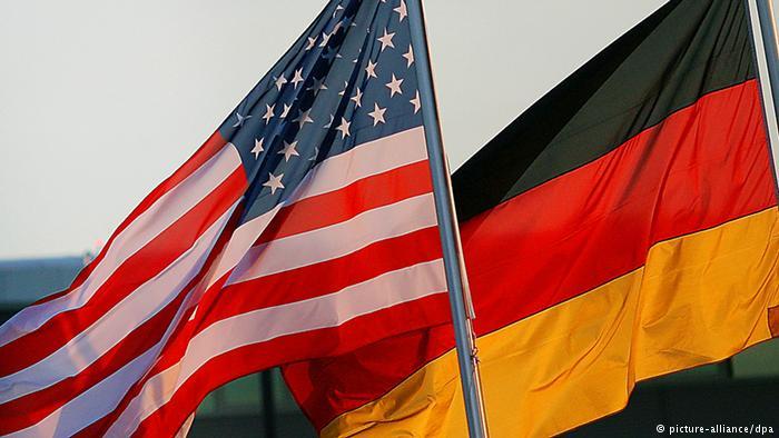 Однопартиец Меркель раскритиковал «страдания» ЕС из-за санкций США