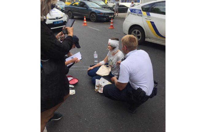 Автомобиль патрульной полиции сбил пешехода в Одессе