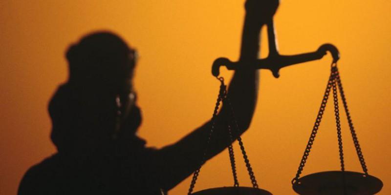 Рада приняла закон о Конституционном суде Украины