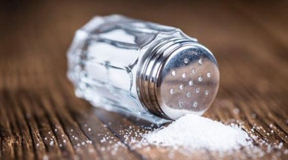 Две чайных ложки соли в день разрушают сердце