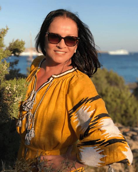 София Ротару отпраздновала юбилей в оригинальном платье-вышиванке