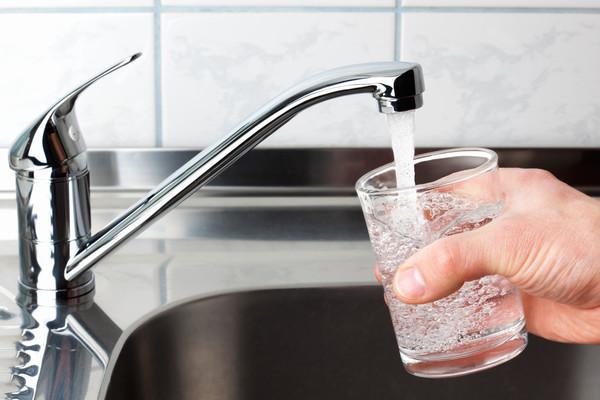 Вода из-под крана: 10 скрытых опасностей