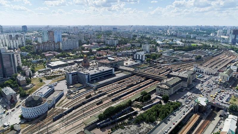 Железнодорожный вокзал Киева возобновил работу