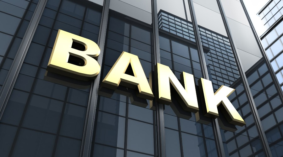 Почему инвесторы передумали покупать украинские банки