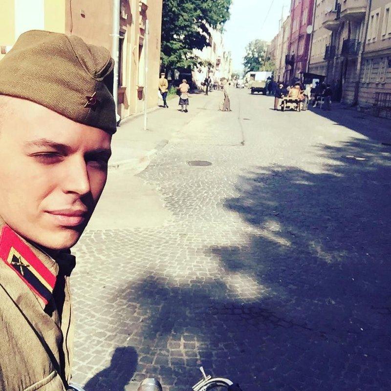 Красавец-внук Андрея Миронова в 25 лет получил первую главную роль в кино