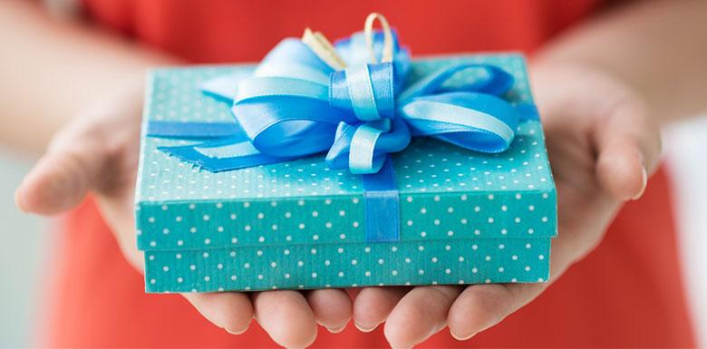 Никогда не принимайте эти семь вещей в подарок
