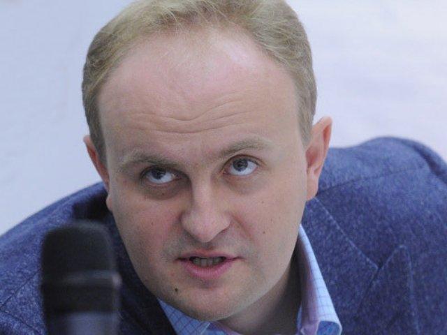 Слишком много чиновников в Украине имеют контрольные функции, — Некрасов