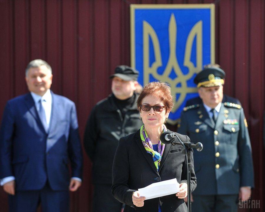 Миротворцы не решат всех проблем на Донбассе, — посол США