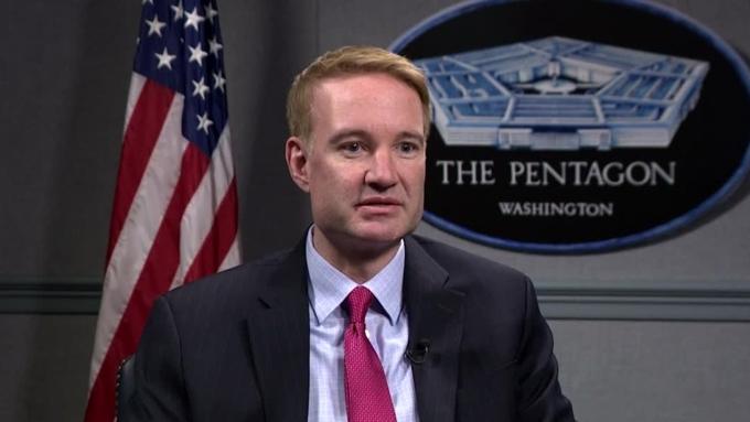 Карпентер: Вслед за США и другие страны начали бы поставлять оружие Украине