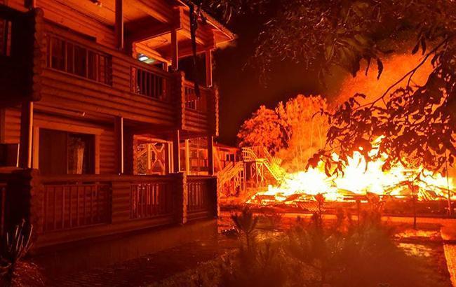 Экс-начальник пожарной охраны не исключает, что лагерь «Виктория» намеренно подожгли