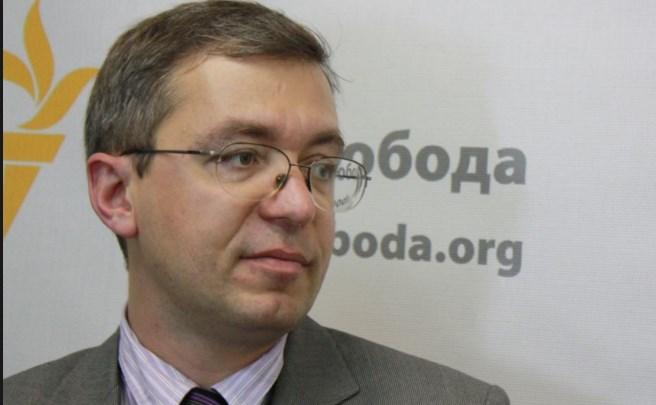 Путин хочет легализовать присутствие РФ на Донбассе, — Сушко