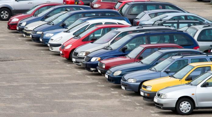 Нерозмитнені автомобілі будуть утилізувати