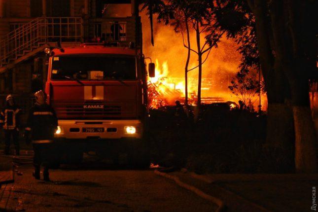 В ГСЧС назвали вероятную причину пожара в детском лагере «Виктория»