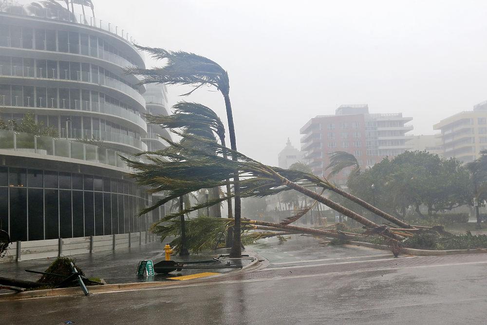 Ураган «Ирма» побил рекорд мощности и продолжительности