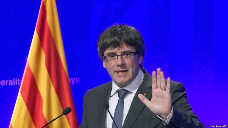 Правительство Каталонии отложило провозглашение независимости