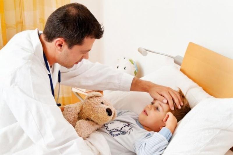 В киевские больницы из-за гриппа попали 118 детей только за неделю