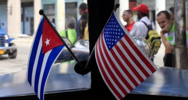 США решили выслать 15 кубинских дипломатов, — Reuters