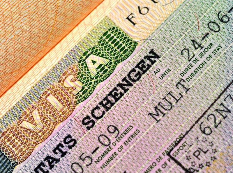 Европарламент одобрил новую систему регистрации на границах Шенгена