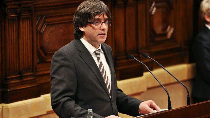 Испания просит европейский ордер на арест Пучдемона