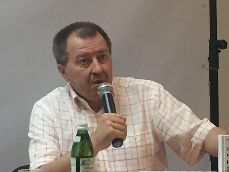 Националисты сегодня — это большая проблема Украины, так же как и олигархи, — Дацюк