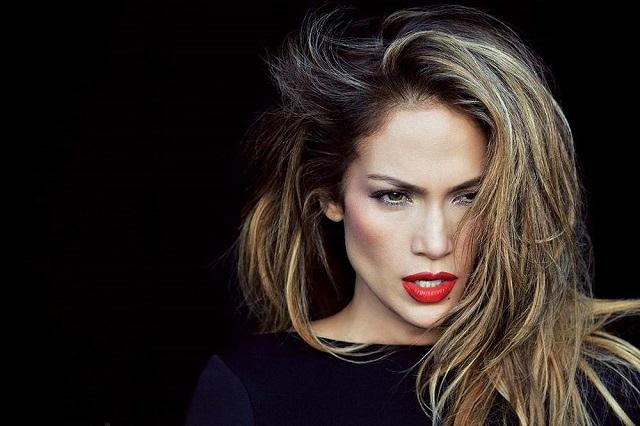 Фанаты в восторге от клипа Дженнифер Лопес на песню «Amor, Amor, Amor»