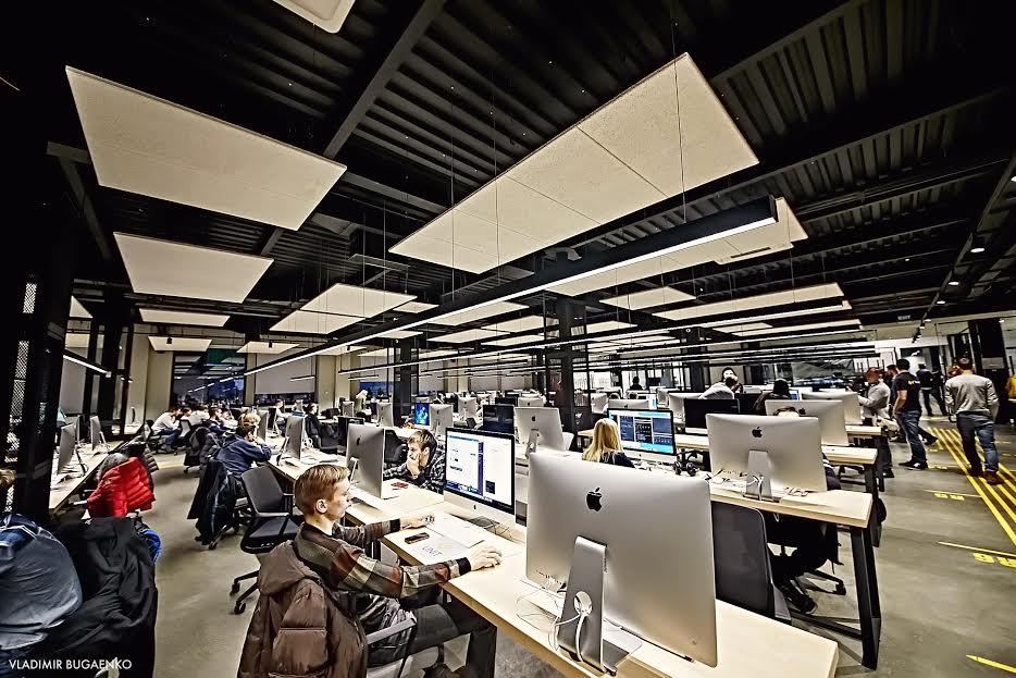 Из-за развития искусственного интеллекта ожидаются массовые сокращения IT-работников
