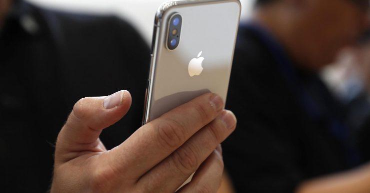 У iPhone X нашли еще одну проблему с экраном