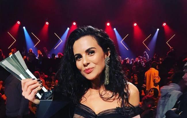 Настя Каменских расплакалась, а Потап вышел получать премию M1 Music Awards