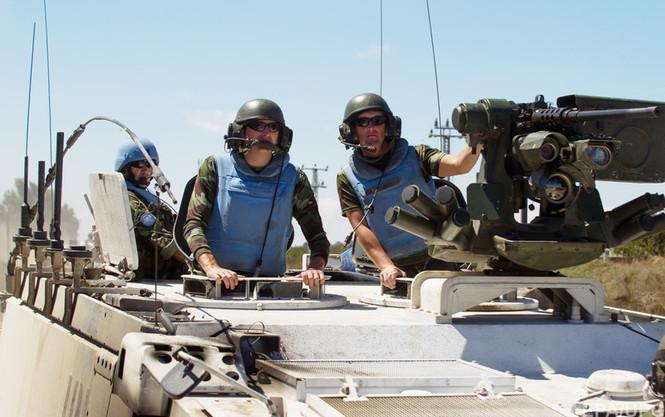 Украина не сможет разместить миротворцев на Донбассе без согласия России