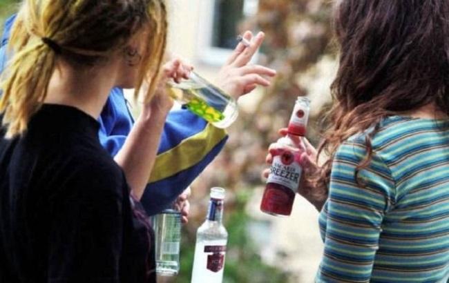 Одна из европейских стран запретила употреблять алкоголь молодежи до 20 лет
