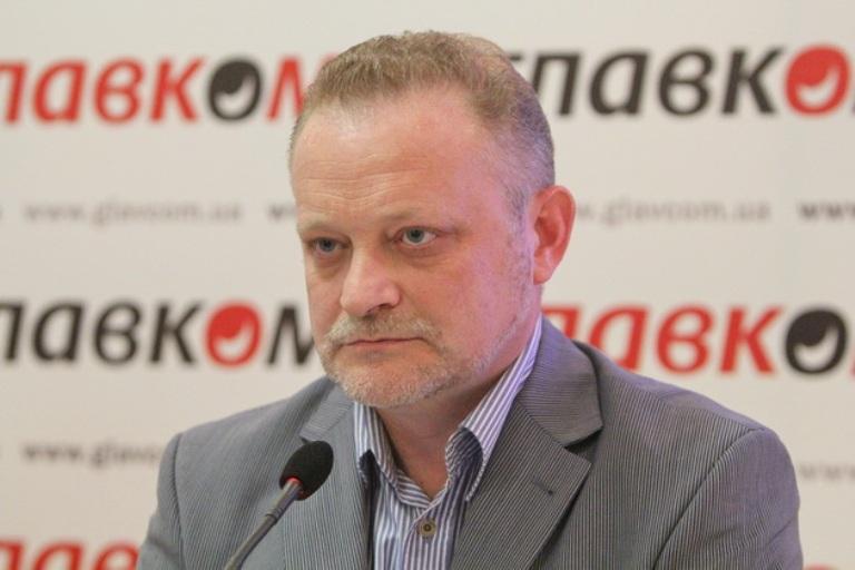 Пенсионную, медицинскую и образовательную реформы объединяет урезание бюджета, — Андрей Золотарев