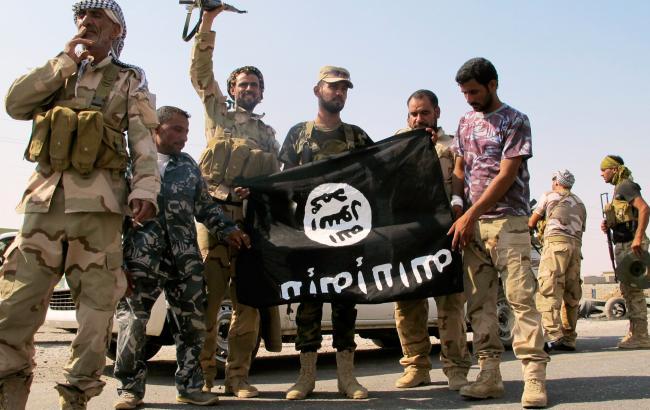 Толпа безоружных египтян обезвредила боевика ИГИЛ, открывшего огонь на улице
