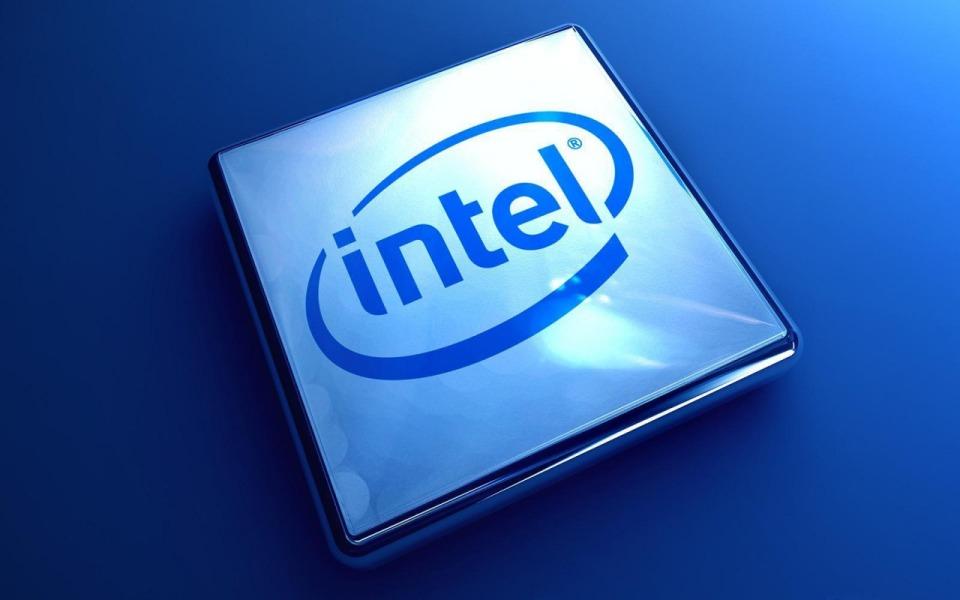В процессорах Intel обнаружили критическую уязвимость: хакеры могут узнать все пароли