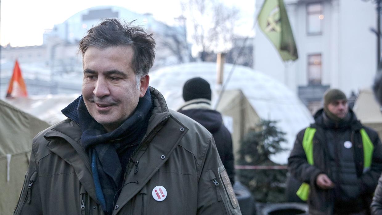 Саакашвили пока не будет возобновлять марши своих сторонников по центру Киева